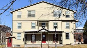 1 bedroom apartments in iowa city 516 e college st 6 1 bedroom j j real estate