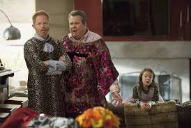 modern family thanksgiving episode three turkeys the pictures
