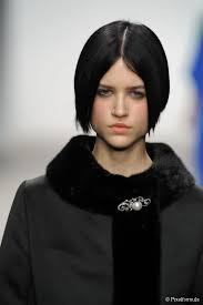 deconstructed bob haircut 10 short bob hairstyles to inspire you
