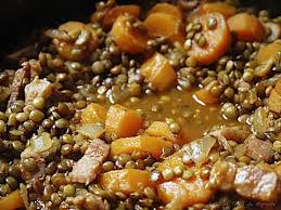 cuisiner les lentilles vertes lentilles vertes du puy cuisinées à l ancienne