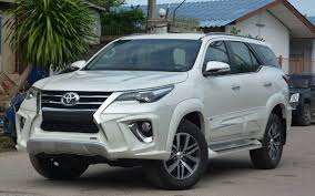 comparison toyota fortuner 4x4 gx 2016 vs toyota highlander