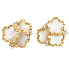 chaumet earrings chaumet yellow gold of pearl and diamond clip on earrings