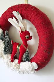 102 best images about guirlandas on pinterest yarn wreaths