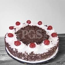 send pc hotel heart shape italian black forest cake send cake to