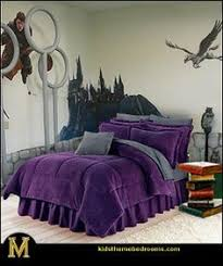 Harry PotterThemed Homes You Need To See Harry Potter - Harry potter bedroom ideas