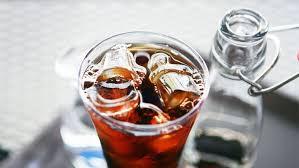 Teh Manis minum es teh manis saat makan ternyata tidak baik untuk kesehatan