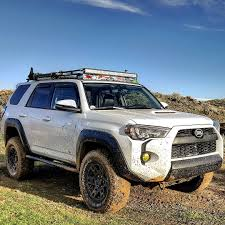 looking for a toyota tacoma great looking 4runner toyota road offroad