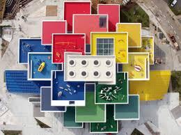 siege social lego la maison lego un jeu de construction grandeur nature