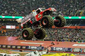 grave digger monster truck schedule grave digger max d victorious in syracuse monster jam