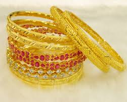 gold jewellery necklace mangalsutra bangles