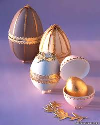 Easter Egg Decorating Gold by Decorating Easter Eggs Martha Stewart