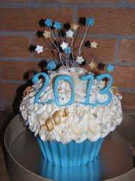 Cupcake Decorating Ideas For New Years Eve by 36 Best Happy New Years Cakes Images On Pinterest New Year U0027s