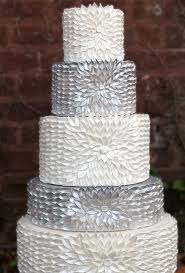 silver wedding cakes unique and magnificent wedding cakes page 20 of 23