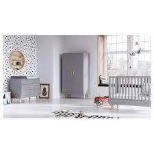 chambre compl te b b avec lit volutif chambre complète lit évolutif 70x140 commode à langer armoire 2