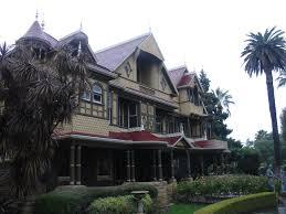 file winchester mystery house front jpg wikimedia commons