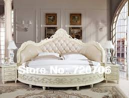 canopy bed in small bedroom home decoration ideas 14814