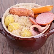 cuisiner choucroute cuite recette choucroute garnie en terrine