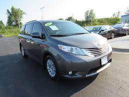 toyota payment login used 2017 toyota sienna xle premium fwd 8 passenger honda of