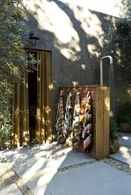 Outdoor Shower Ideas by Outdoor Showers 20 Ideas For Bathing En Plein Air Gardenista