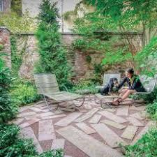 Small Urban Garden - photos hgtv