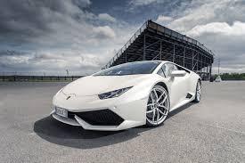 crashed lamborghini huracan lamborghini huracan lp610 4 long term test review 2015 by car