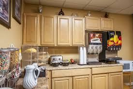 Comfort Inn Middletown Ri Rodeway Inn Middletown 2017 Room Prices Deals U0026 Reviews Expedia