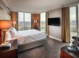chambre avec bain a remous lac leamy hôtels à gatineau ottawa
