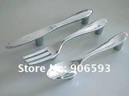 poignee porte placard cuisine bouton placard cuisine poignee placard cuisine meuble poignee
