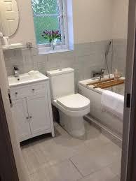 Small Bathroom Tile Ideas Best 25 Very Small Bathroom Ideas On Pinterest Bath Decor