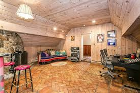 ct home interiors cyndi lauper lists country connecticut home where she wrote