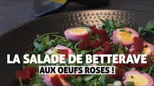 cuisine avec des oeufs la salade de betterave aux œufs roses en cuisine avec