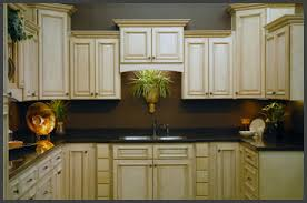 Antique White Kitchen Cabinets by Wonderful Painting Kitchen Cabinets Antique White Painted Kitchen