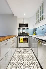 Tiny Kitchen Renovation With Faux by Best 25 Small Kitchen Redo Ideas On Pinterest Kitchen Ideas For