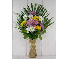 flower delivery indianapolis 7 best wrapped bouquets images on bouquets flower