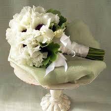 simple wedding bouquets simple wedding bouquets the wedding specialiststhe wedding