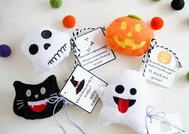 halloween emoji gifts eighteen25