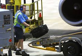 united baggage united airlines resumes negotiations with machinists pictures