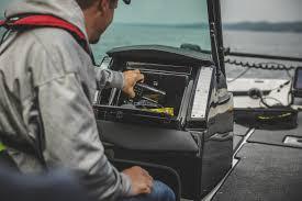 2020 dual console larson fx boats