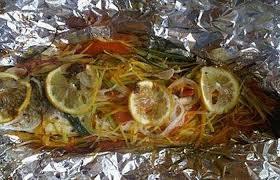 cuisiner le bar en papillote bar en papillotte et ses petits légumes recette dukan pl par ktia