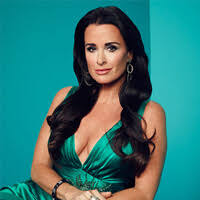 kyle richards hair extensions real housewives star kyle richards spills on cosmetic secrets