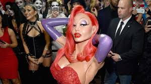 jessica rabbit real life heidi klum goes all out in vampy jessica rabbit costume at epic