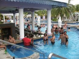 Reviewing Riu Montego Bay EzTravelPad - Riu montego bay family room