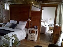 chambre d hotes aurillac maison d hôtes la chapellenie suite séquoïa au centre ville d