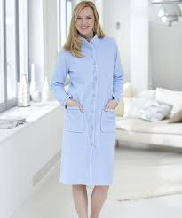 robe de chambre chaude pour femme robe de chambre polaire myosotis femme damart