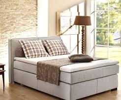 Schlafzimmer Einrichten Landhausstil Wohnideen Für Schlafzimmer Mit Wandtattoo Faszinierende Auf