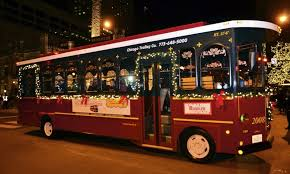 holiday lights trolley chicago chicago trolley holiday lights tour chicago attractions