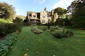 Arts And Crafts Garden - hnn traditional arts and crafts flourish in uk hotels
