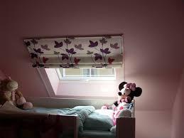 rideaux pour fenetre chambre store pour fenêtre de toit chambre enfant store pour