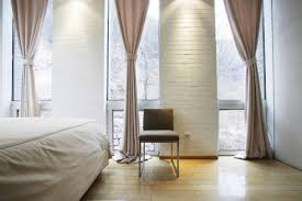 Bedroom Window Size by Painting Glass Windows For Privacy Standard Size Of Window In