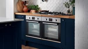 navy blue kitchen cabinets howdens howdens luxurious fairford navy paired with dove grey